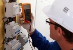 locuri de munca electrician intretinere Paris