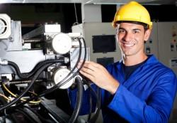 locuri de munca tehnician injectie mase plastice Lyon